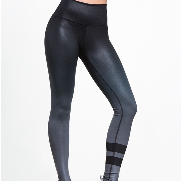 b1c545c7653991 ALO Yoga Pants | Airbrush Ombr Double Stripe Legging | Poshmark